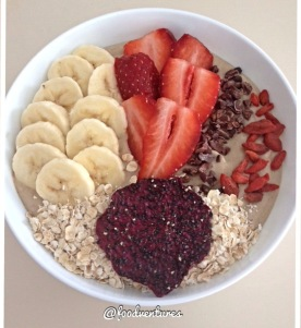 raw protein smoothie bowl2