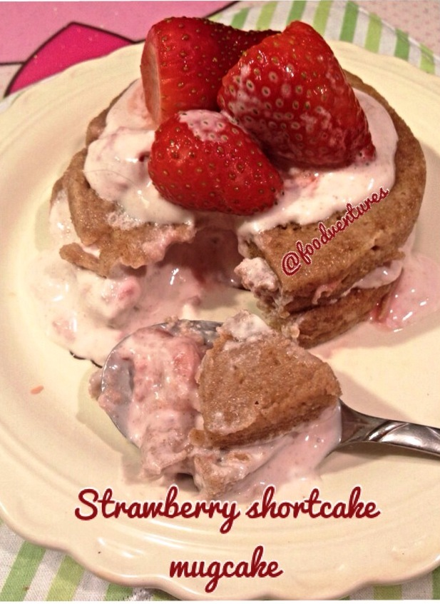 strawberry shortcake mugcake